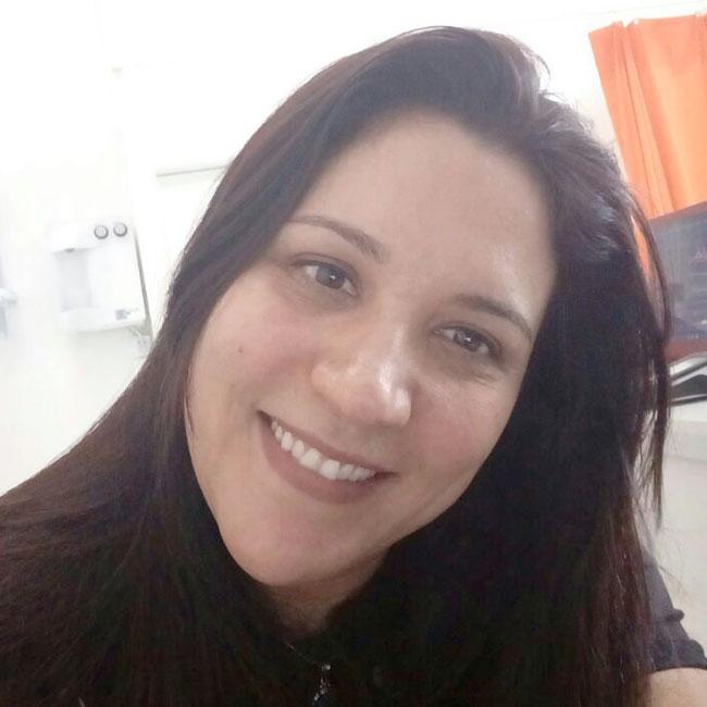Leandra Bolzane Barcarolo