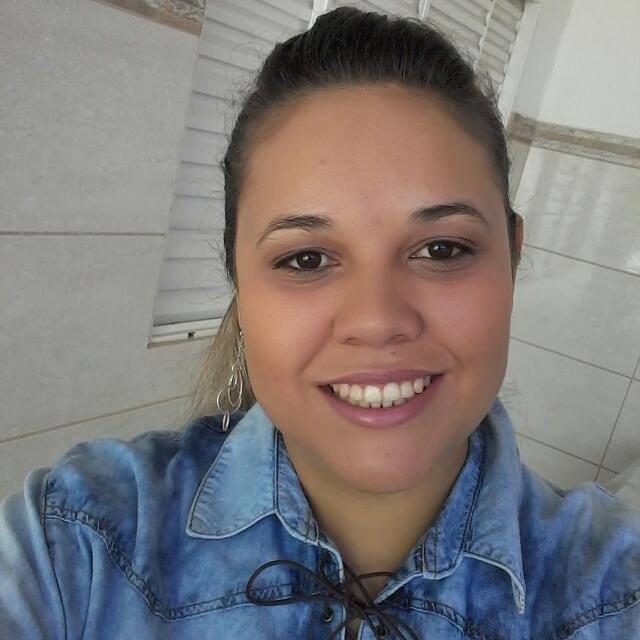 Laiza Natália Rezende